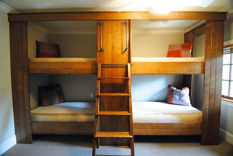 Traditional Style Bunk Beds with Stairs